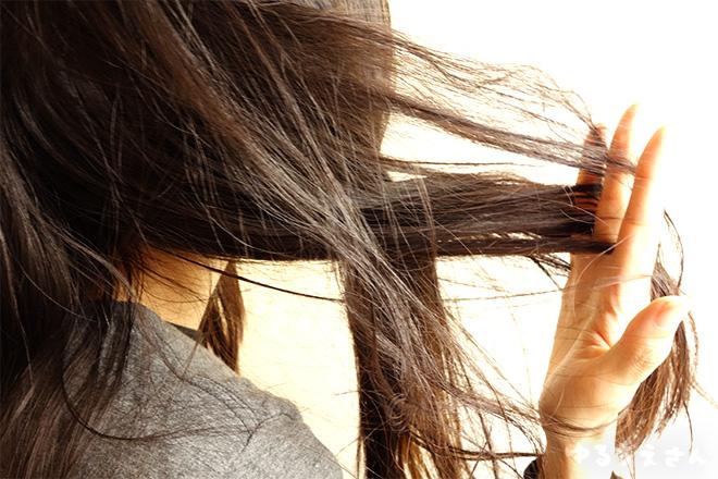 髪の毛 パサパサ タバコ