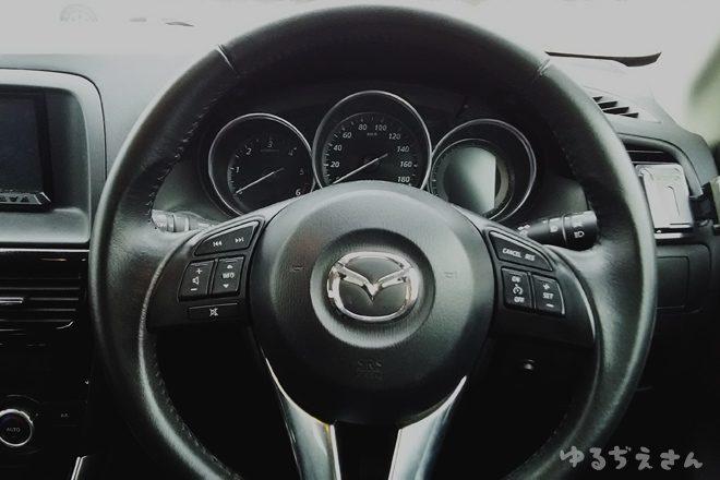 cx-5運転席